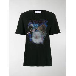 graphic cat T-shirt
