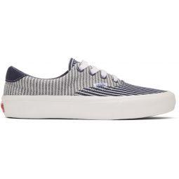 Navy & White Era 59 Vault LX Sneakers