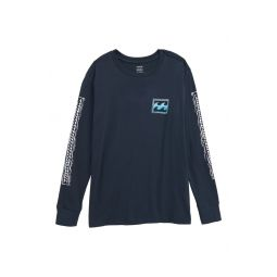 Fifty Wave Graphic Long Sleeve T-Shirt
