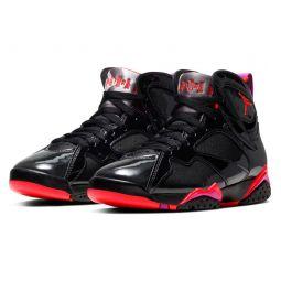 Nike Air Jordan 7 Retro High Top Sneaker