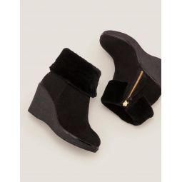 Chaldon Shearling Wedge Boots - Black
