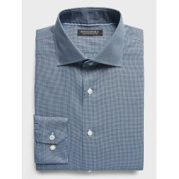 Slim-Fit Non-Iron Dress Shirt with Cutaway Collar