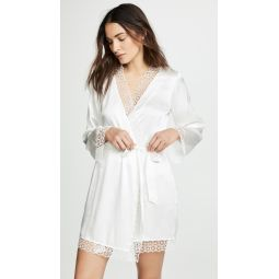 Sera Robe