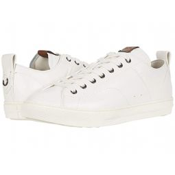 C121 Leather Low Top Sneaker