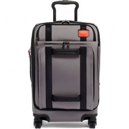 Merge 22-Inch International Expandable Rolling Carry-On