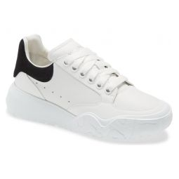 Oversized Low Top Sneaker