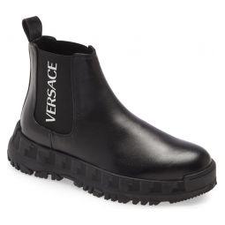 Logo Platform Chelsea Boot