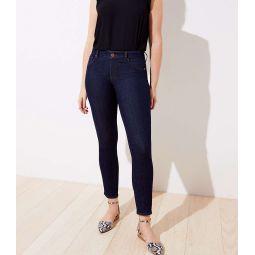 Curvy Skinny Jeans in Dark Rinse Wash