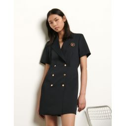 Tailored dress with button fastening