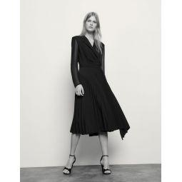 Long-sleeved dual-fabric dress