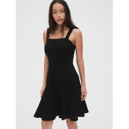 Apron Flounce Dress