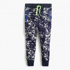 Kids slim-fit sweatpant in static print
